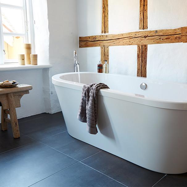 Skal man renovere eller bygge nyt badeværelse